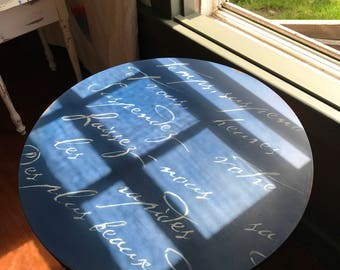 The French Poem Table