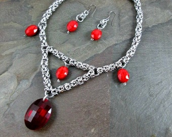 Chainmaille Necklace and Earrings - Byzantine Weave - Chainmaille Set - Chainmail Jewelry - Red Wedding Necklace - Medieval Necklace