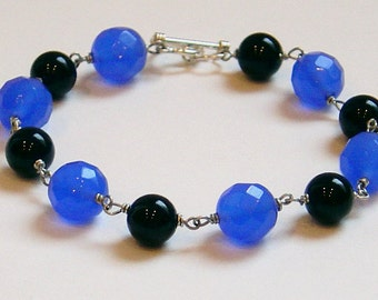Black 'n Blue Bracelet Chalcedony Onyx Sterling SilverWire Toggle