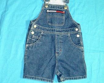 Vintage 90s Childrens, Boys, Girls Tommy Hilfiger Bib Shortalls - Size 2