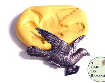 """2"""" carrier pigeon mold for cake decorating or cupcake toppers. Silicone mold for jewelry making and soap embeds. Craft supplies M5228"""
