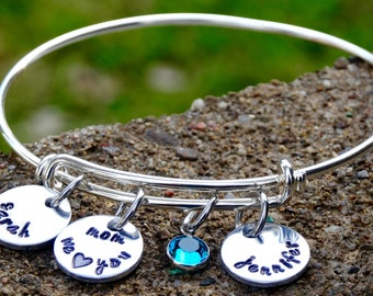 Mother's Day Kids Name Charm Bracelet - Gift from Kids - Personalized Mom Gift - Mother's Charm Bangle - Gift for Mommy