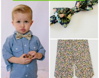 Green Liberty Print Kids Tie, Children's bow tie, green floral bow tie, Liberty of London, green children's tie, toddler bow tie, infant tie