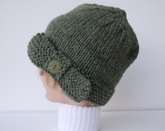 Knit green hat with bow, knit flapper hat, hat women, green knit hat, knit green beanie, beanie with bow, green bow hat, green bow beanie