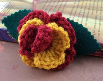 Crocheted Rose Lapel Pin - Red and Gold (SWG-PL-HWGR01)