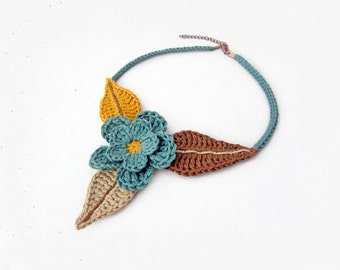Crochet flower choker, crochet cotton necklace, crochet floral neck piece, nature nspired jewelry, country style necklace, gift for her