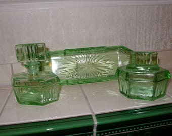 Crystal Pressed Glass Vanity Set Complete/Vanity set /Art Deco Vanity set/Dressing table Vanity set. Toiletten Set  Frisiertisch Garnitur