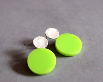 Circle Earring, Sterling Silver Ear studs with Apple Green Plexi,  Geometric Earring, Modern Silver Jewelry, Contemporary art