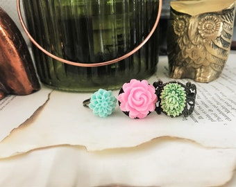 Set of 3 Flower Antique Brass Adjustable Garden Rings