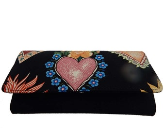 """USA Handmade Bifold Woman Wallet with """"Alma y corazon"""" Pattern, New, Rare"""