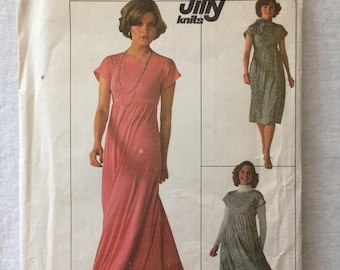 Vintage 1976 UNCUT Simplicity 7658 Misses Size 12 Jiffy Knit Dress or Jumper in Two Lengths and Scarf Pattern