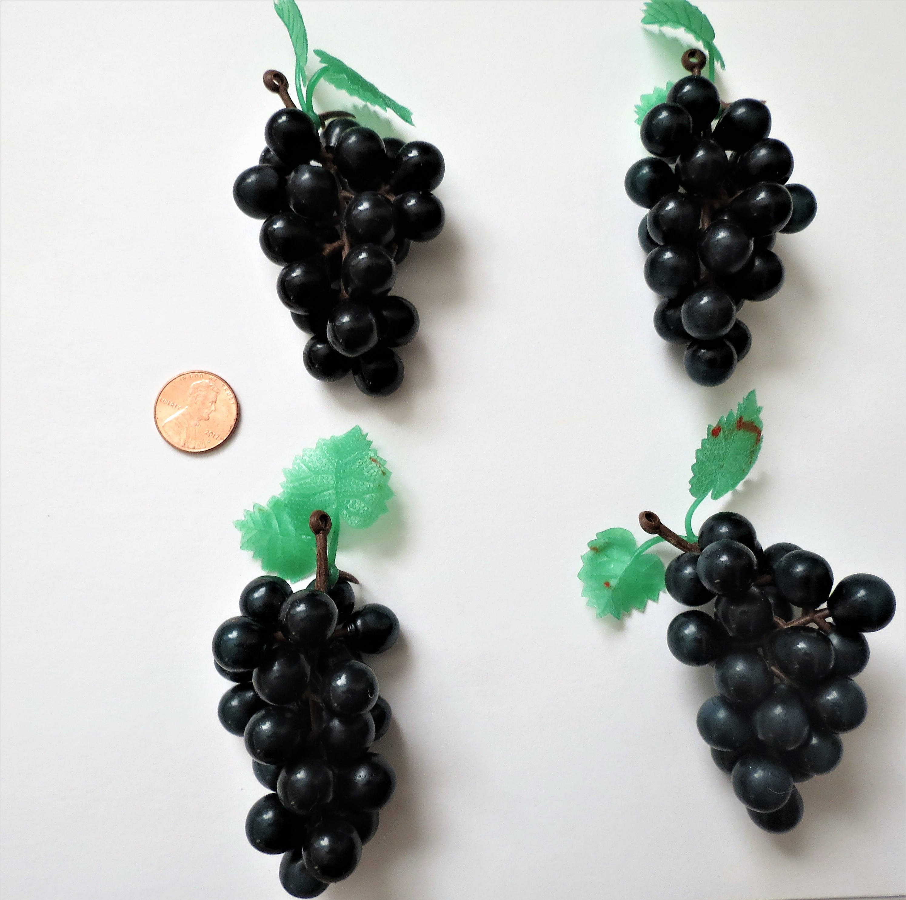 Mini Grapes Lot of 4 Plastic Grapes Wedding Favor Fruit Wine Decor 3 ...
