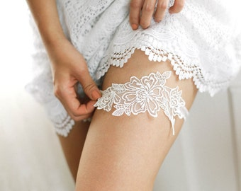 Sheer lace wedding garter, bridal garter belt, white garter, keepsake garter - style 529