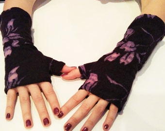 Mitt printed plum purple lace.