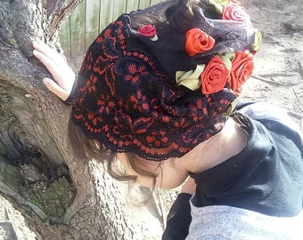 A Rose Trampled *holy week snood*