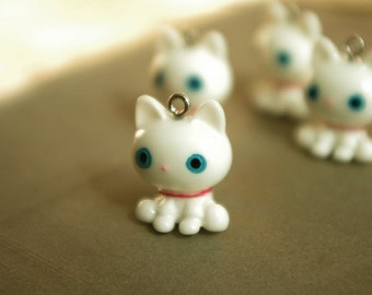 4PCS white cute cat with blue eyes