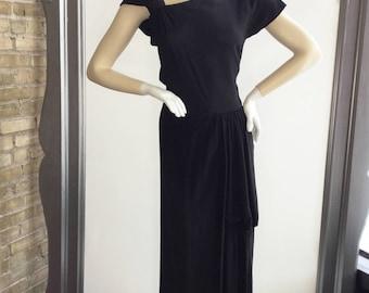 VIntage 1940s Full Length Black Crepe Gown With Amazing Drape  Size Medium