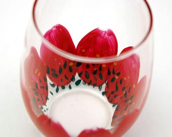 Red Daisy Stemless Wine Glass