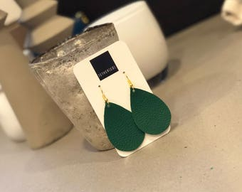 Kelly green (small) teardrop earrings