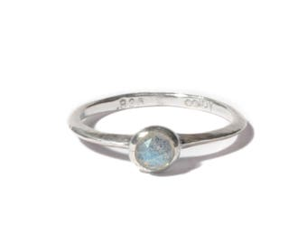 Labradorite and Silver Knife Edge Bezel Ring | Stacking Ring | Sterling Silver and Labradorite