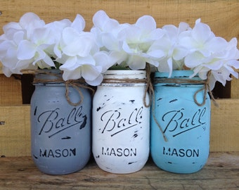Painted Pint Mason Jars. Spring Vases. Vintage looking Home Decor. Rustic Wedding. Shabby Chic. Distressed. Wedding Centerpiece