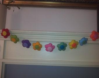 handmade felt mini flower bunting/wallhanging