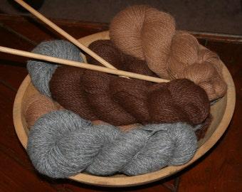 Stunning large Vintage Antique Natural Primitive Wood Dough Bowl Filled w 1200 yards Alpaca Yarn  Complete w Vintage Knitting Needles