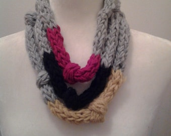 Knit Jewelry - Tricolor