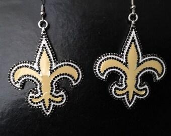 Rhinestone and gold fleur de lis earrings D43