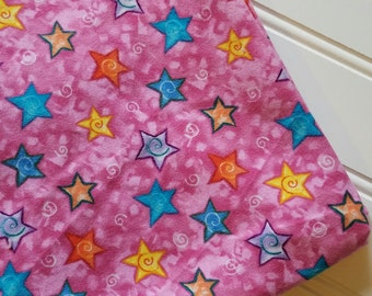 Marcus-Brothers-Fabric-By-The-Yard-Stars-Pink-Cotton-Flannel-Quilt-Fat-Quarter-Sew-DIY-Projects-Crafts-Supplies