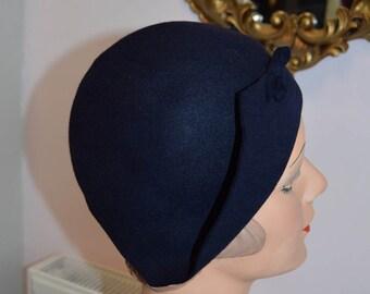 1930's Navy Felt Cloche Hat