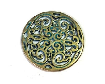 25%OFF Large Filigree Round Pendant Connector Antique Brass Green Patina 2 Holes Metal Casting, European Cast Zamac 31mm 1 pc BP33