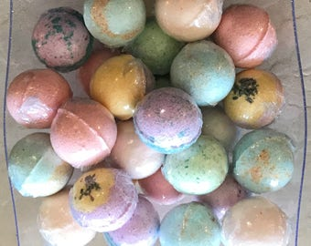 6 Pack Large Lusso Sapone Bath Bombs (scent options)