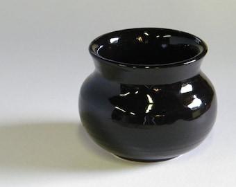 Little Black Pot