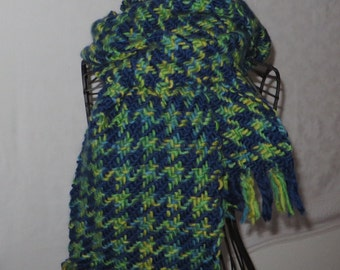 handwoven scarf, houndstooth, made of wool