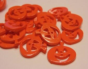 5 acrylic pumpkin buttons, 19 mm (3)