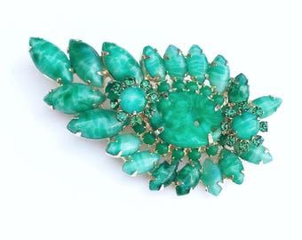 Mid-century 50s Simulate Jade Art Glass Brooch