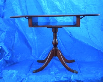Vintage Brandt Accent Table with Claw Feet in Excellent Condition