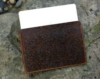 Women Vintage leather macbook pro 13 15 sleeve case / Genuine embossing Leather new macbook sleeve case MACX20S