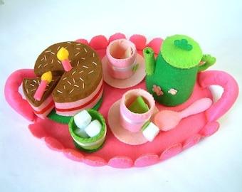 Felt food pattern-Tea time(tray,tea top,cups,chocolate cake)---via Email--F23