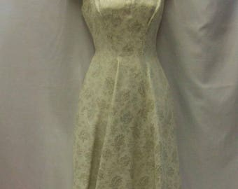1950s Cream and Silver dress ~ Vintage ~ Wedding - Size 8