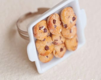 COOKIE TRAY RING, Chocolate Chip Cookie Ring, Miniature Food Jewelry