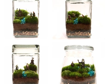 Read Description before purchasing // Large Custom Lord of the Rings Inspired Terrarium // You Choose Your Minis!