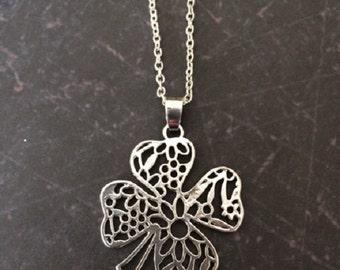 4 Leaf Clover - 4 Leaf Clover Necklace - Four Leaf Clover Necklace - Four Leaf Clover - Four Leaf Clover Jewelry - Good Luck Necklace - Gift