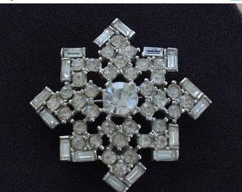On sale Rhinestone Brooch, Pin, Silver tone, Vintage (A7)