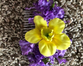 Decorative floral comb
