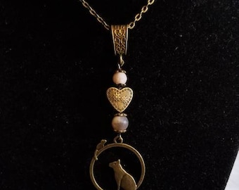 "18"" Cat and Mouse pendant necklace with Heart and Moonstone Beads"