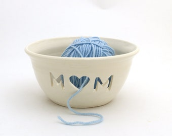 Mom yarn bowl, Moher's day gift for mom who knits or crochets, one of a kind