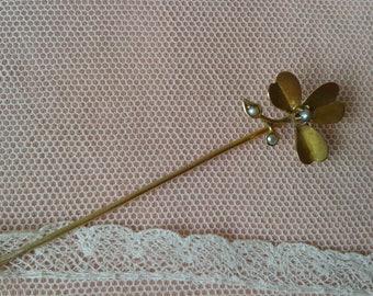 """PIN in gold, period """"Art Nouveau"""""""