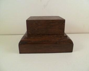 Bottom rectangular made with beech and oak wood base. srbhcp1
